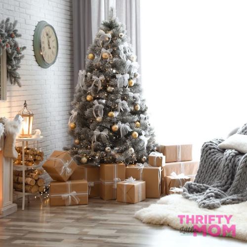 Create Beautiful Christmas Trees Like the Magazines