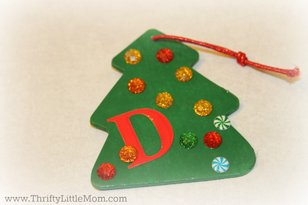 Make Your Own Annual Christmas Ornament