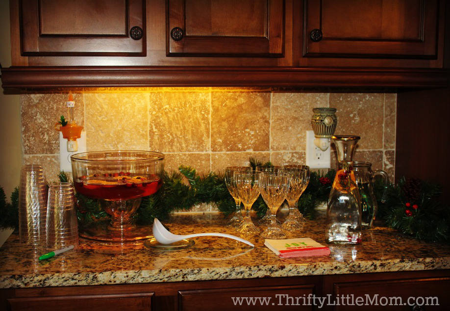 Thrifty Party Planning Tips & Tricks Drinks