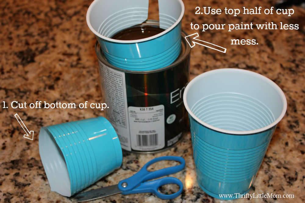 Plastic Cup Paint Pourer