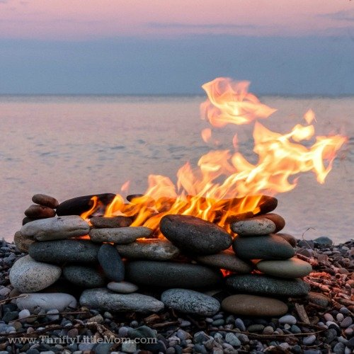Build Your Own Backyard Fire Pit Using Free Materials