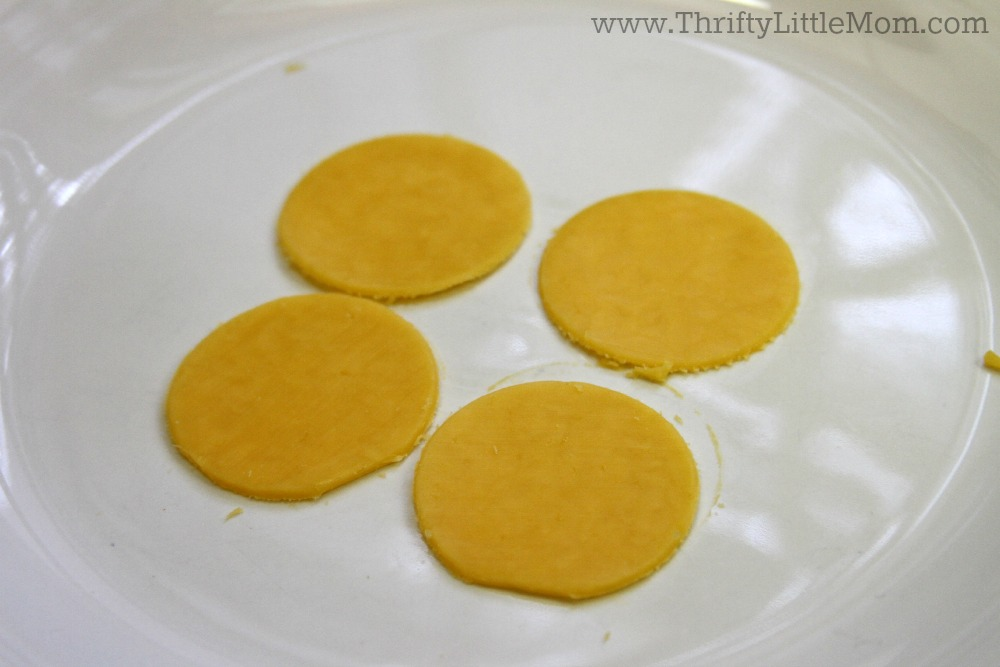 Cracker Stacks for Your Lunck Pack Cheese Circles Cut out