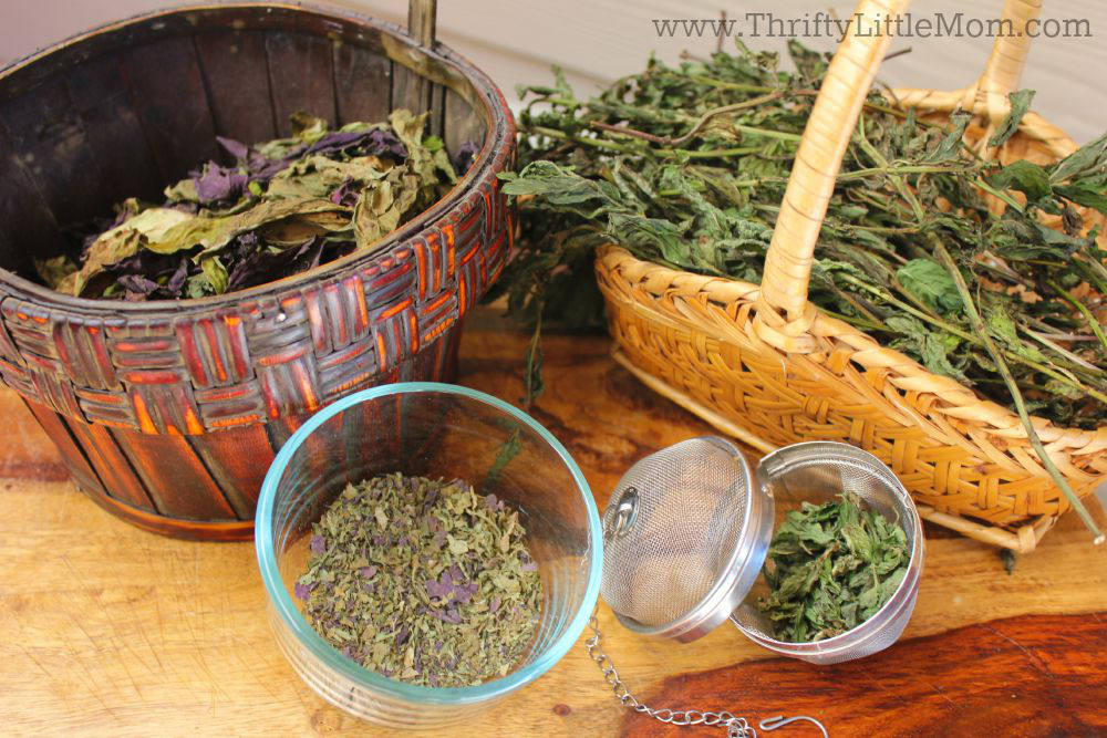 How To Make Your Own Dried Herbs Baskets
