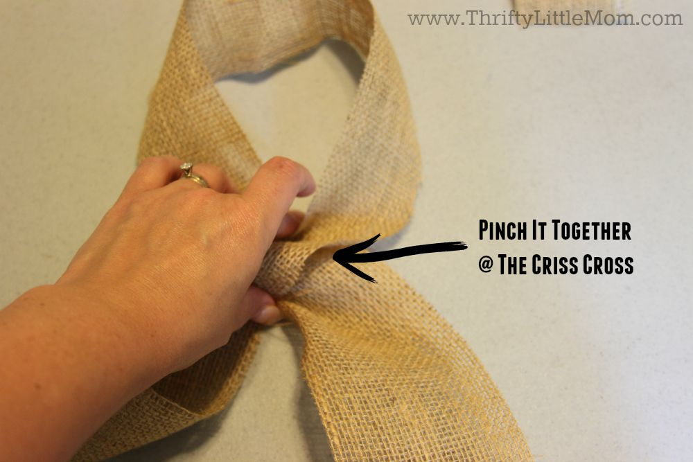 How To Make a Simple Burlap Bow Step 2