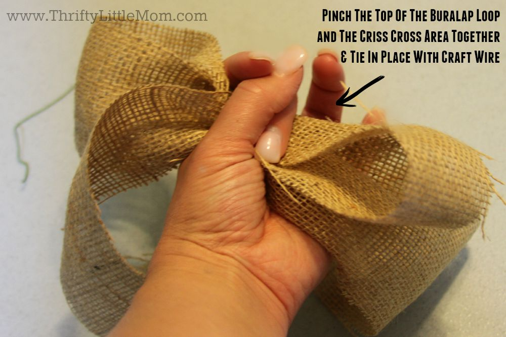 How To Make a Simple Burlap Bow Step 4
