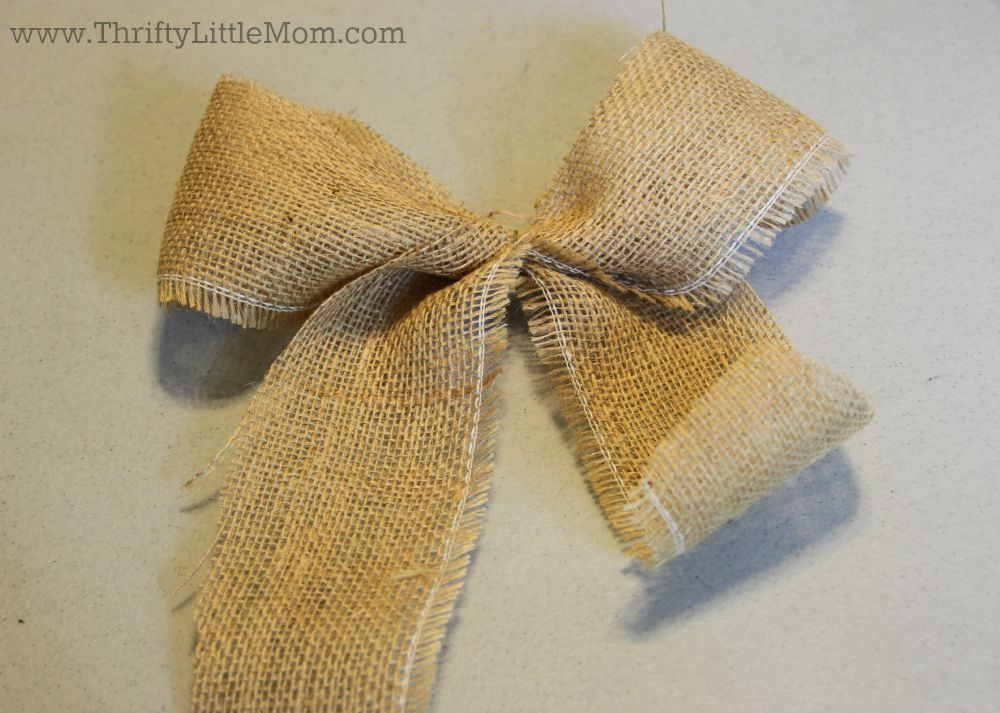 How To Make a Simple Burlap Bow Step 5