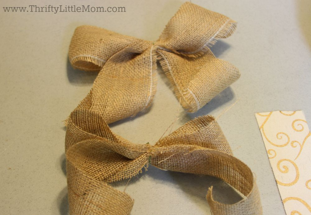 How To Make a Simple Burlap Bow Step 6