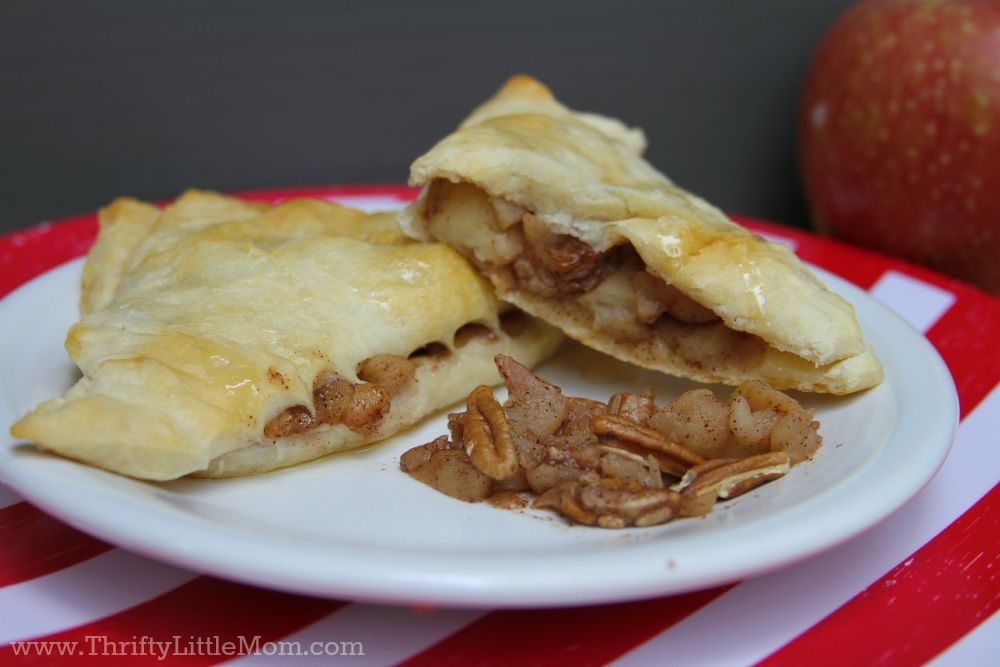 Quick & Easy Homemade Apple Turnover plate