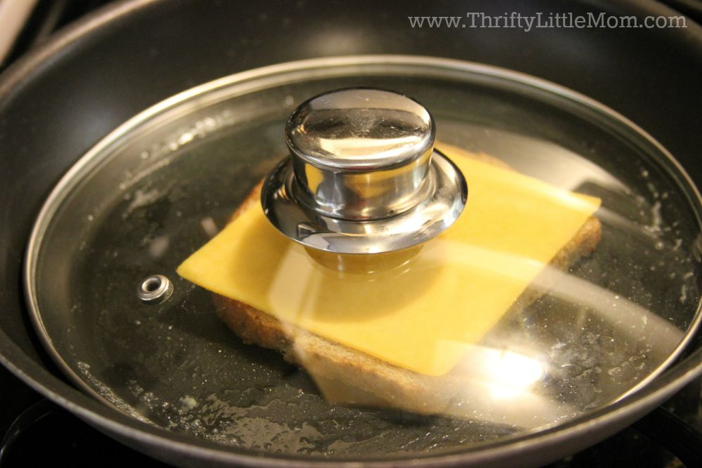 how to make the perfect tuna melt melting the cheese