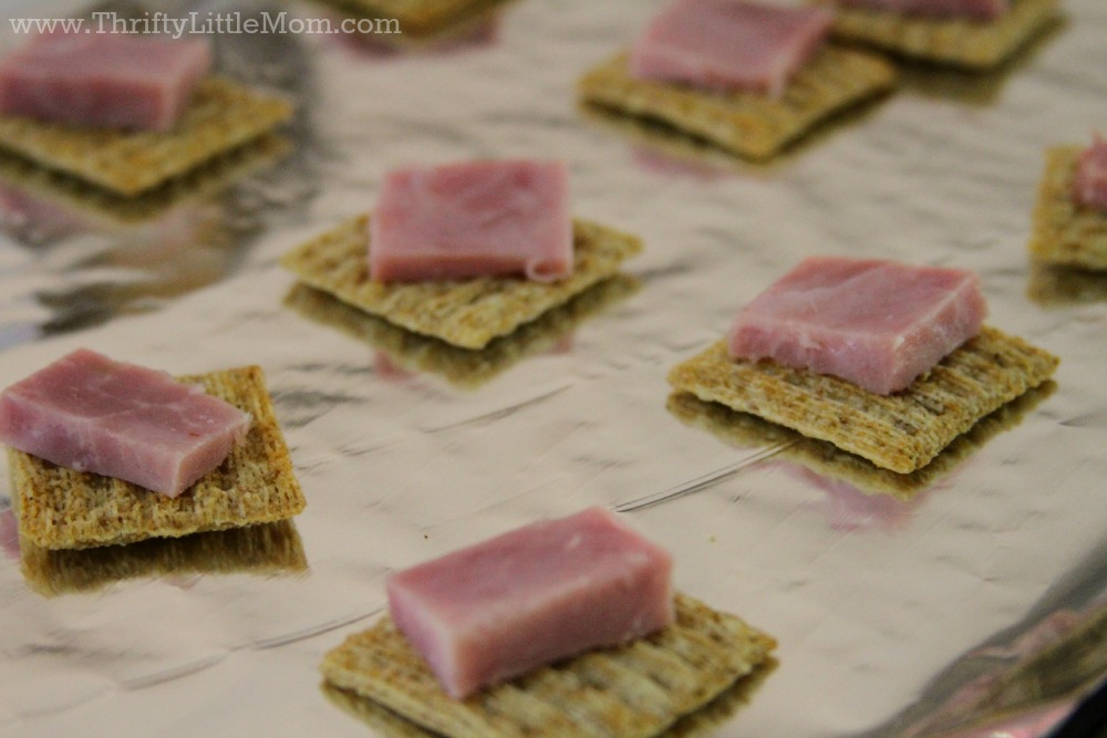 Triscuit Bake with Ham Topping