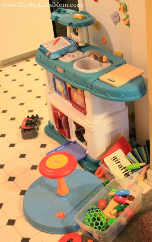 Kid's Toy Clutter Kitchen