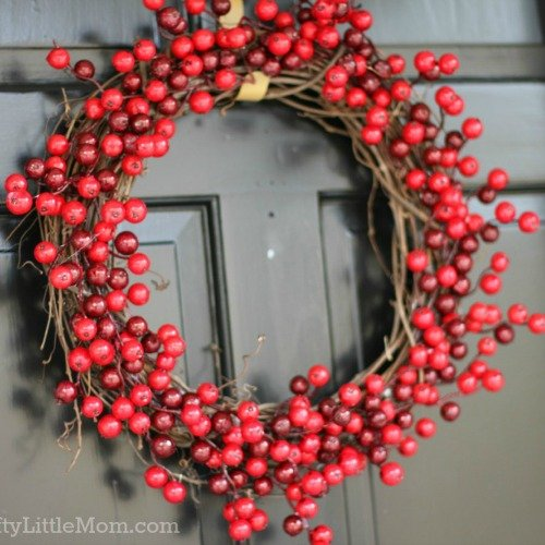 Make a Winter Berry Wreath in 15 Minutes for $15