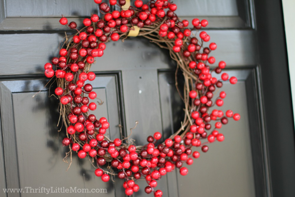 15_minute_berry_christmas_wreath
