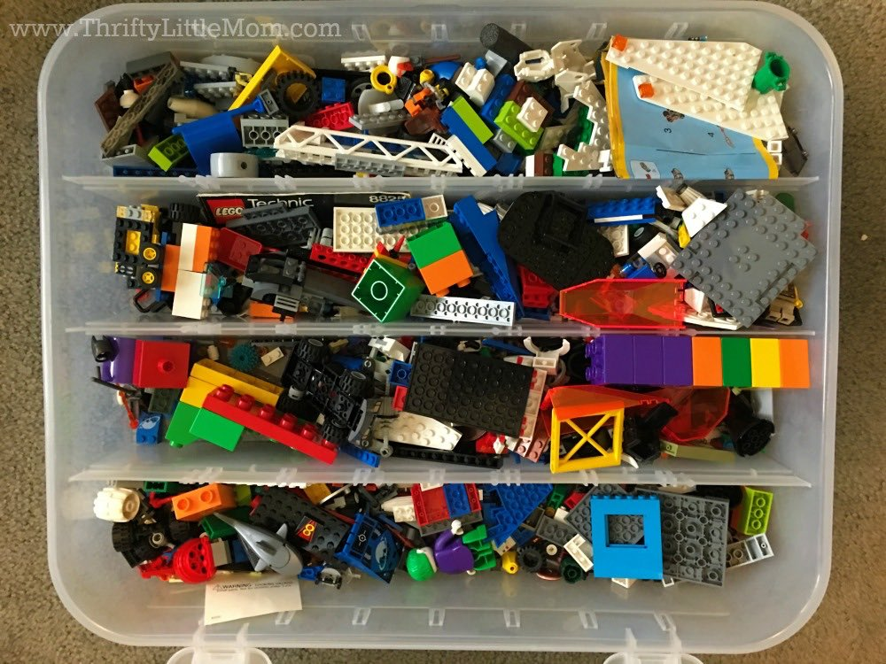 ideas-for-organizing-legos-in-ornament-organizer