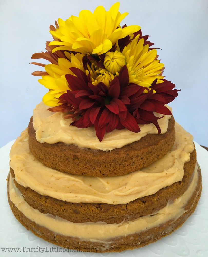 naked-cake-with-flowers