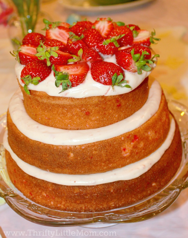 strawberry-naked-cake-topper