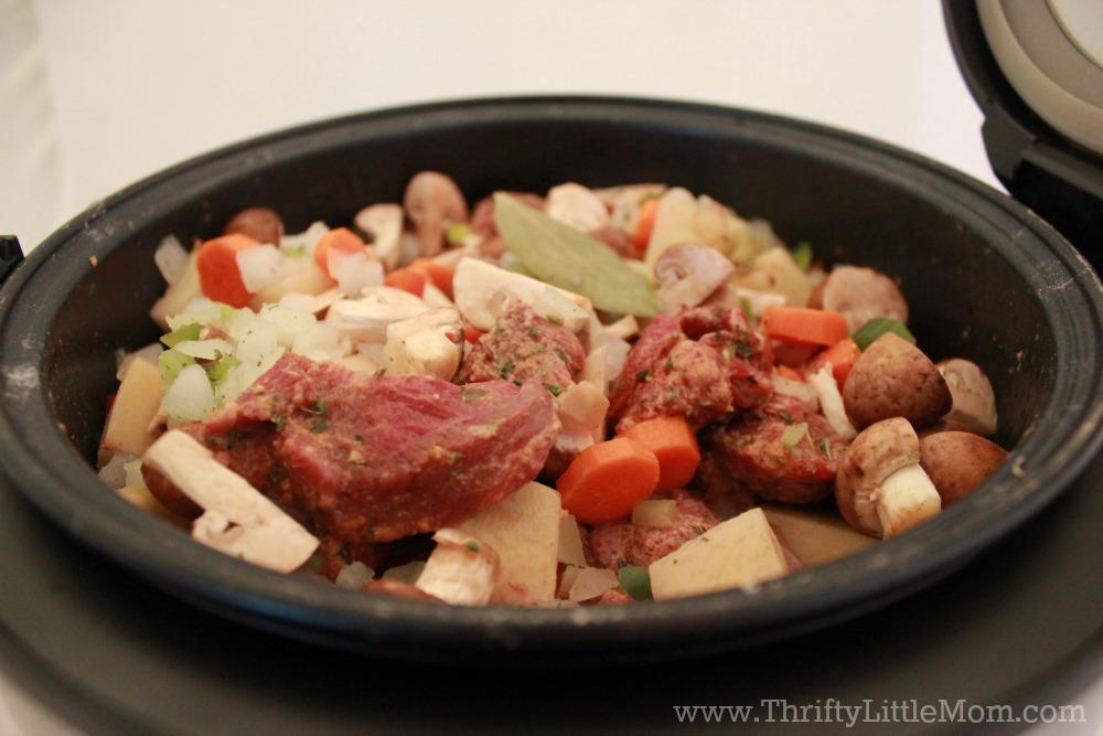 beef-stew-in-pot
