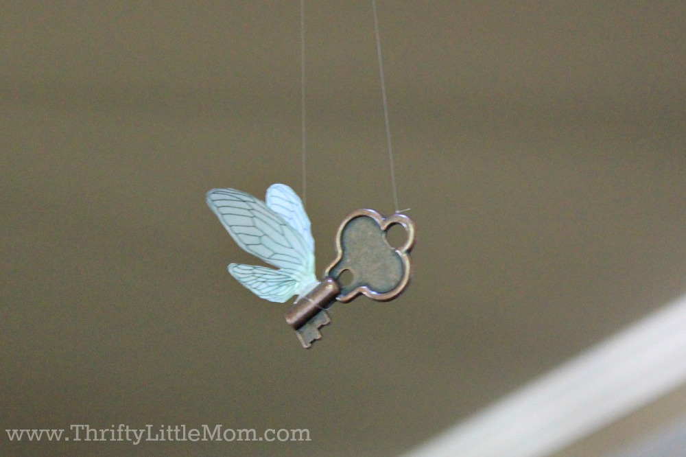 Small key with wings Harry Potter Baby Shower decoration