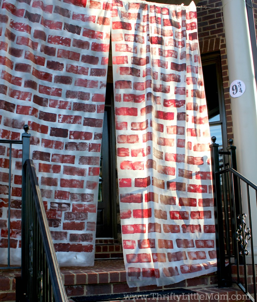 Platform 9 3/4 front porch brick curtain harry potter baby shower