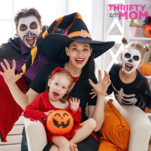 Ultimate List of 50 Family Costume Ideas