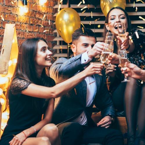 10 Easy Hollywood Theme Party Ideas