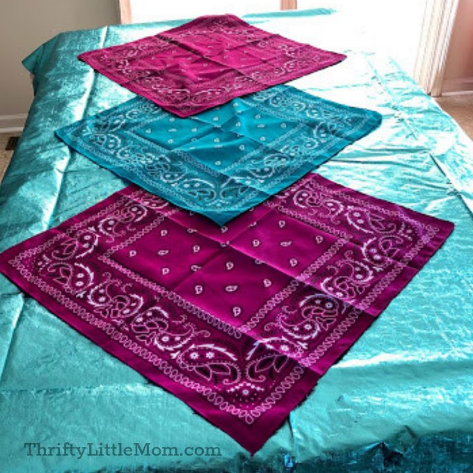 layer colored handkerchiefs in bright colors for mermaid party