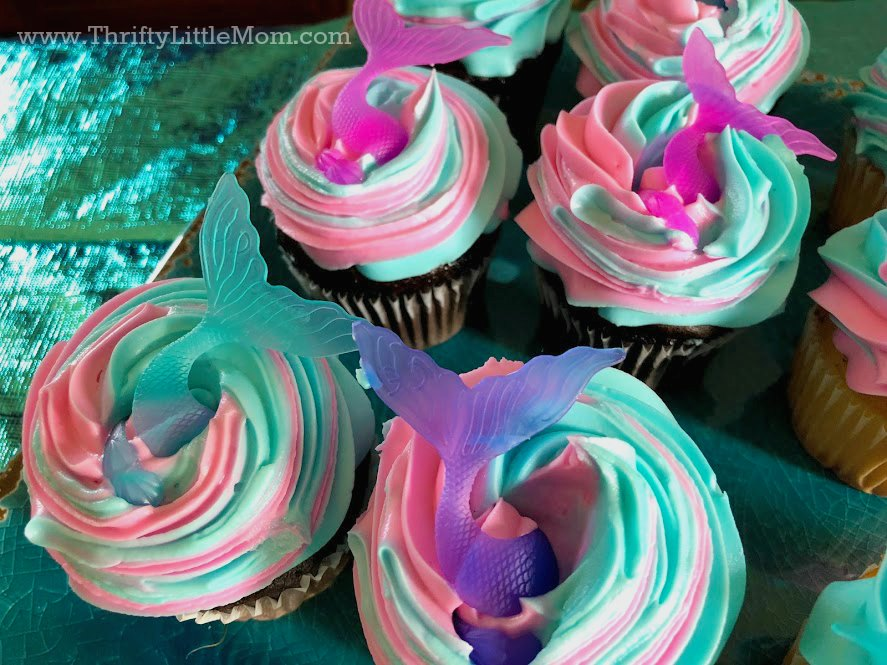 mermaid cupcakes for an 8 year old birthday party idea
