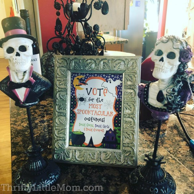 costume party skull trophies