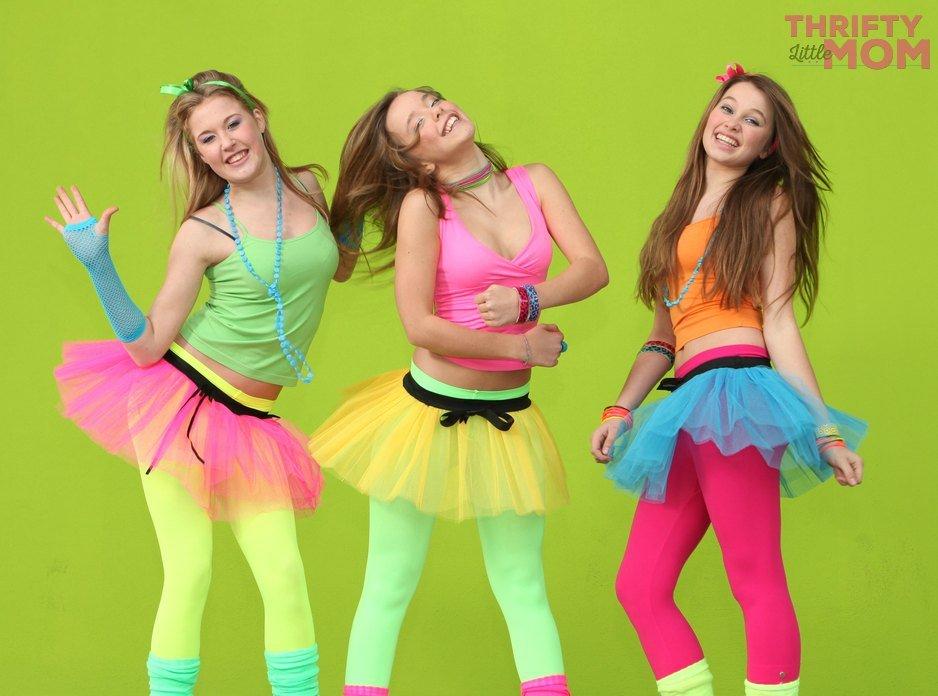 have a fun 80s theme dance