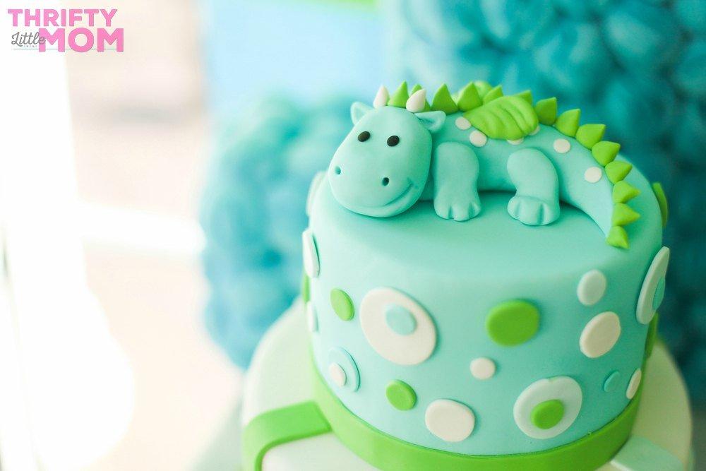 dinosaur cake for boy baby shower