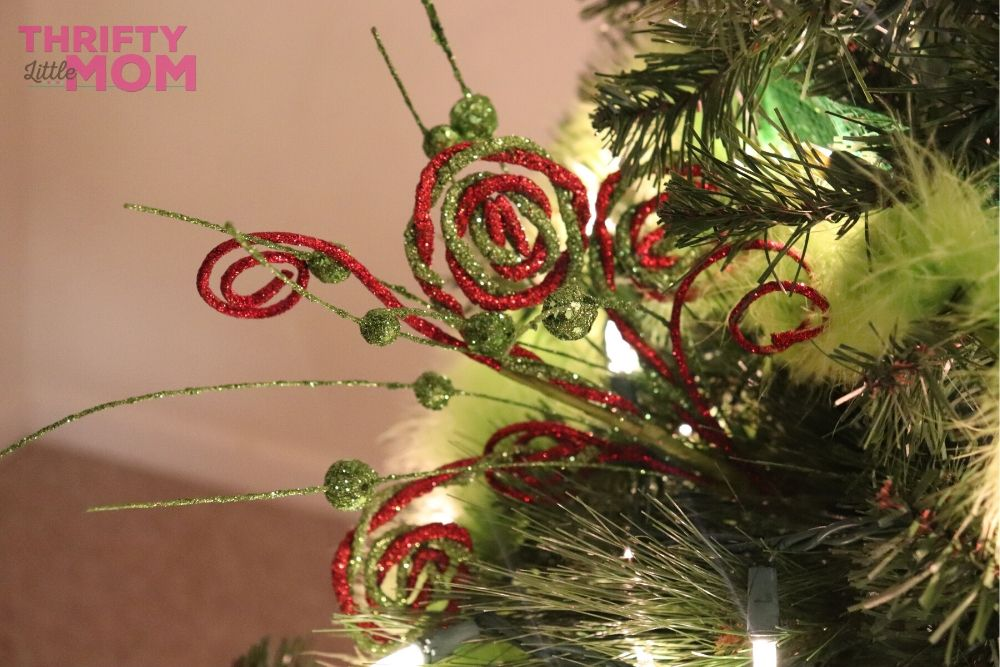 How To Create The Perfect Grinch Christmas Tree Thrifty Little Mom