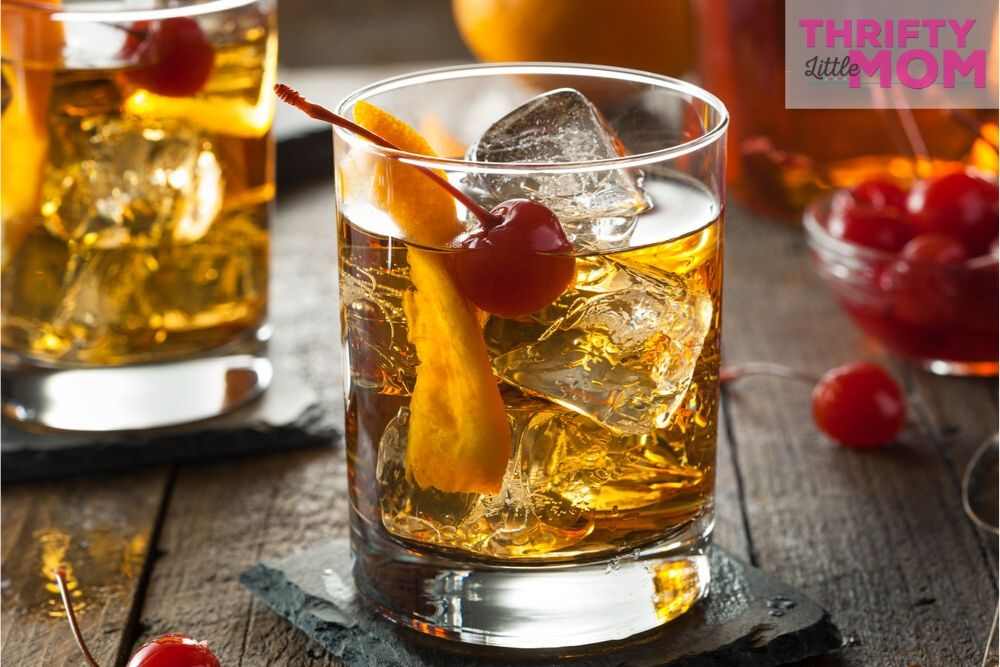 classic cocktails like an old fashion were popular at a disco party