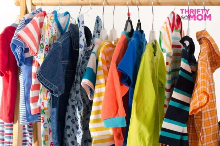 How to Sell Children's Clothing on Consignment